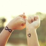 398821 coração no pulso 4 150x150 Tatuagens no pulso: fotos