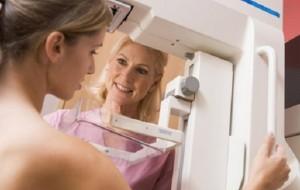 Diagnóstico de câncer de mama é mais eficaz com método mamógrafo