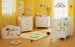 Decoração em MDF para quarto de bebê