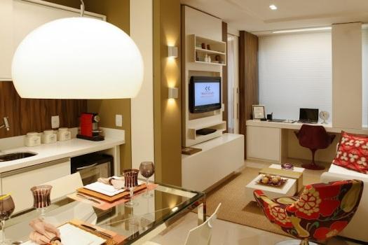 decoracao cozinha flat:própria integração de ambientes já contribui com o apartamento