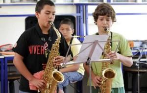 Aula de música para crianças: benefícios