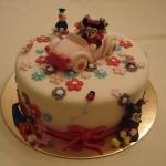 413753 carro rosa Small 150x150 Bolos de aniversário para meninas: fotos