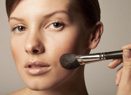 419330 dicas de maquiagem para valorizar o rosto 2 Dicas de maquiagem para valorizar o rosto