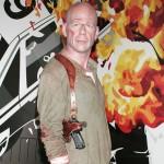 424192 Bruce Willis 150x150 Famosos que viraram bonecos de cera