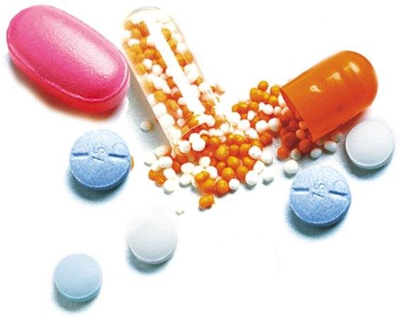 425674-A-associação-de-medicamentos-pode-potencializar-os-efeitos-colaterais..jpg (565×450)