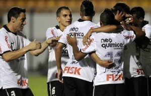 De goleada Corinthians vence o Deportivo Táchira