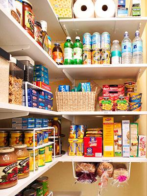 Despensa de alimentos como organizar mundodastribos - Muebles de cocina sueltos ...