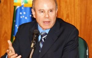 Guido Mantega afirma que o dólar a R$ 1,40 destruiria a economia brasileira