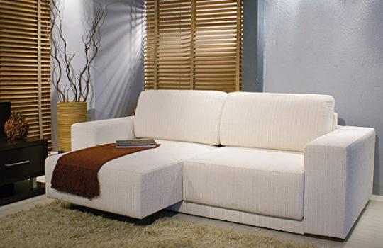 Sof s para casas pequenas modelos mundodastribos for Sofas modernos para espacios pequenos