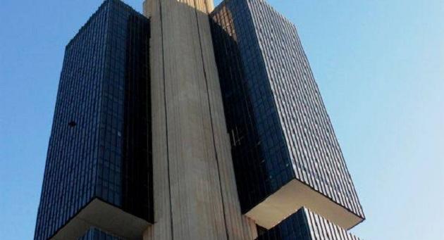 Banco Central ordena intervenção no banco Cruzeiro do Sul 1