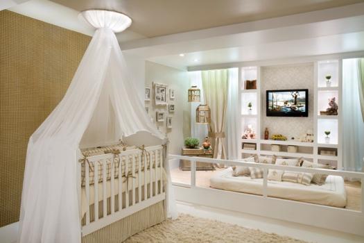 decoracao quadro branco:Decoração bege com branca se destaca por ser calma, elegante e