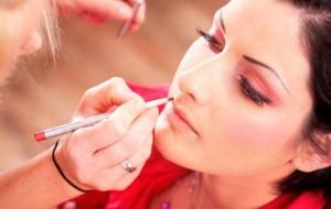 Maquiagem discreta: dicas, passo a passo