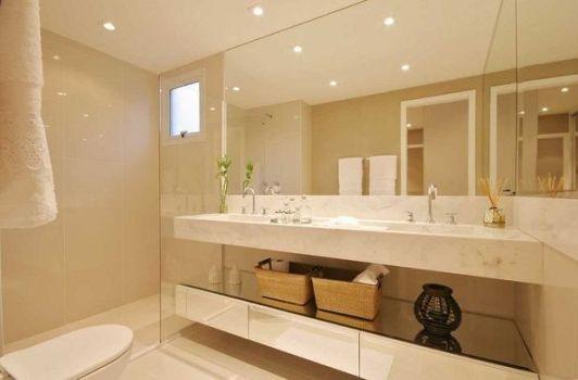 Decoração em banheiro com espelho  dicas e fotos  MundodasTribos – Todas as -> Banheiro Pequeno Com Espelho Ate O Teto