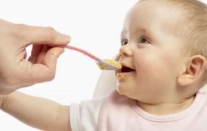 Alimentação do bebê: dicas e cuidados