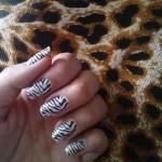 477493 Unhas de Zebra fotos passo a passo4 150x150 Unhas de Zebra: fotos, passo a passo