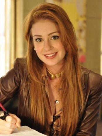 Por conta de suas sardas e cabelos ruivos, a atriz Marina Ruy Barbosa sofreia bullyng (Foto: divulgação)