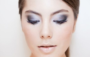 Maquiagem metalizada: como fazer