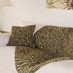 487033 Mantas para decorar sofás dicas fotos 1 150x150 Mantas para decorar sofás: dicas, fotos
