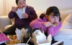 Crianças obesas apresentam maiores riscos para problemas cardíacos