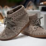 492962 A marca Schutz tem modelos lindos que podem ser usados durante o dia e também a noite 150x150 Sneakers Schutz, modelos, preços