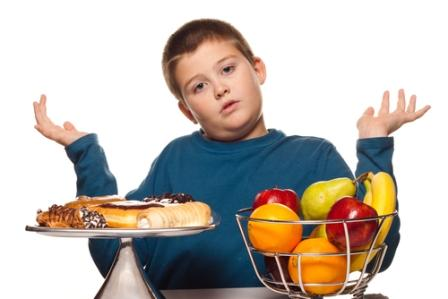 493796 COnhe%C3%A7a alguns h%C3%A1bitos que previnem a obesidade infantil. Hábitos que previnem obesidade infantil