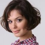 502657 Famosas com o cabelo curto fotos 14 150x150 Famosas com o cabelo curto: fotos