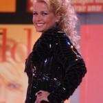 506851 Maria Meneghel com os cabelos ondulados e mais compridos. 150x150 Mudanças de visual da Xuxa: fotos