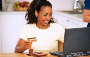 55% dos brasileiros usam a internet em compras de casa