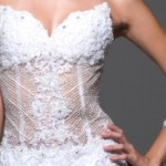 509185 A transparência na barriga é ideal para quem deseja fugir do tradicionalismo dos vestidos Fotodivulgação. 150x150 Vestidos de noiva com transparência: fotos