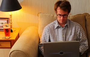 Pesquisa afirma que trabalhar em casa aumenta a produtividade