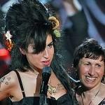 515262 Amy Winehouse faria 29 anos confira fotos e curiosidades 24 150x150 Amy Winehouse faria 29 anos: confira fotos e curiosidades