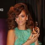 517261 Cortes de cabelo da Rihanna fotos 19 150x150 Cortes de cabelo da Rihanna: fotos
