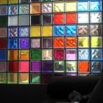 527211 Decoração com tijolos de vidro fotos 10 150x150 Decoração com tijolos de vidro: fotos