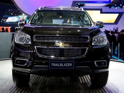 chevrolet captiva problemas html with Chevrolet Trailblazer Novo Suv Da Gm on Llantas Camio a Mercadolibre Argentina as well Accesorios Para Camio as Chevrolet Ebay together with Captiva Sport 2014 Colombia also Caros De La Chevrolet besides Captiva 2014 En Colombia.