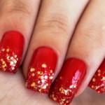 556935 Glitter e lantejoulas podem ser usadas sem medo. 150x150 Unhas decoradas com motivos natalinos: fotos