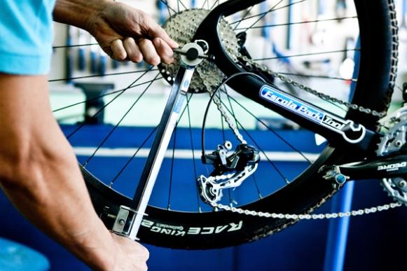 Curso de Manutenção e Conserto de Bicicletas Gratuito SENAI
