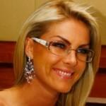 562451 famosos que usam oculos fotos 30 150x150 Famosos que usam óculos: fotos