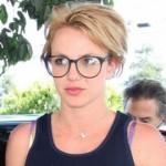 562451 famosos que usam oculos fotos 4 150x150 Famosos que usam óculos: fotos