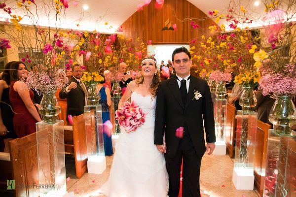 Decoração de casamento de igreja simples2