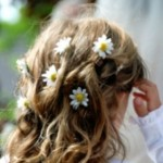 568649 Escolha os penteados das daminhas diferente do escolhido pela noiva. Foto divulgação 150x150  Penteados para madrinhas e daminhas: fotos
