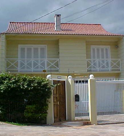 Fachadas de casas bonitas e pequenas for Modelos de fachadas para casas pequenas