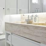 586096 01 banheiros pequenos e bem resolvidos 150x150 Banheiro pequeno: dicas para decorar, fotos