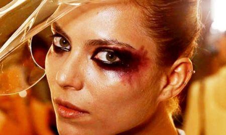 """Com o suor da pele ou excesso de lágrimas nos olhos, a maquiagem pode começar a """"derreter"""". (Foto: Divulgação)"""