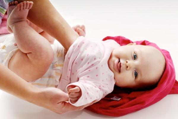 Fabuloso Cuidados ao vestir o bebê - MundodasTribos – Todas as tribos em um  RF43