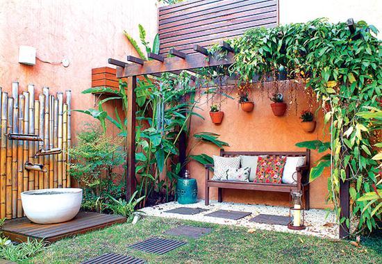 objetos decoracao jardim : objetos decoracao jardim:Fonte de parede com bambus. (Foto: Divulgação)
