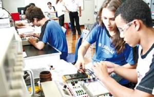 SENAI Bragança Paulista Cursos Técnicos 2016