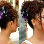 621577 Vários penteados podem ser feitos em cabelos cacheados. Foto divulgação 150x150 Penteados para festa cabelos cacheados