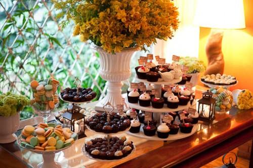 Mesa de doces de casamento como decorar -> Como Decorar Mesa De Jantar Para Casamento
