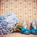 642358 É interessante que a cor do buquê combine com os acessórios ou maquiagem da noiva. 150x150 Buquês de noiva simples: fotos