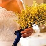 642358 Buquês em braçada também podem ser feitos de forma simples e elegante. 150x150 Buquês de noiva simples: fotos